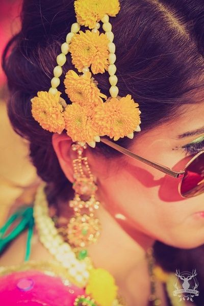 Mehndi Flower Accessories : Gota and fresh flower jewellery for the indian mehndi