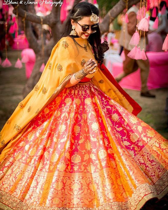 Mehndi Outfit Ideas : Style guide indian mehndi outfit ideas trending