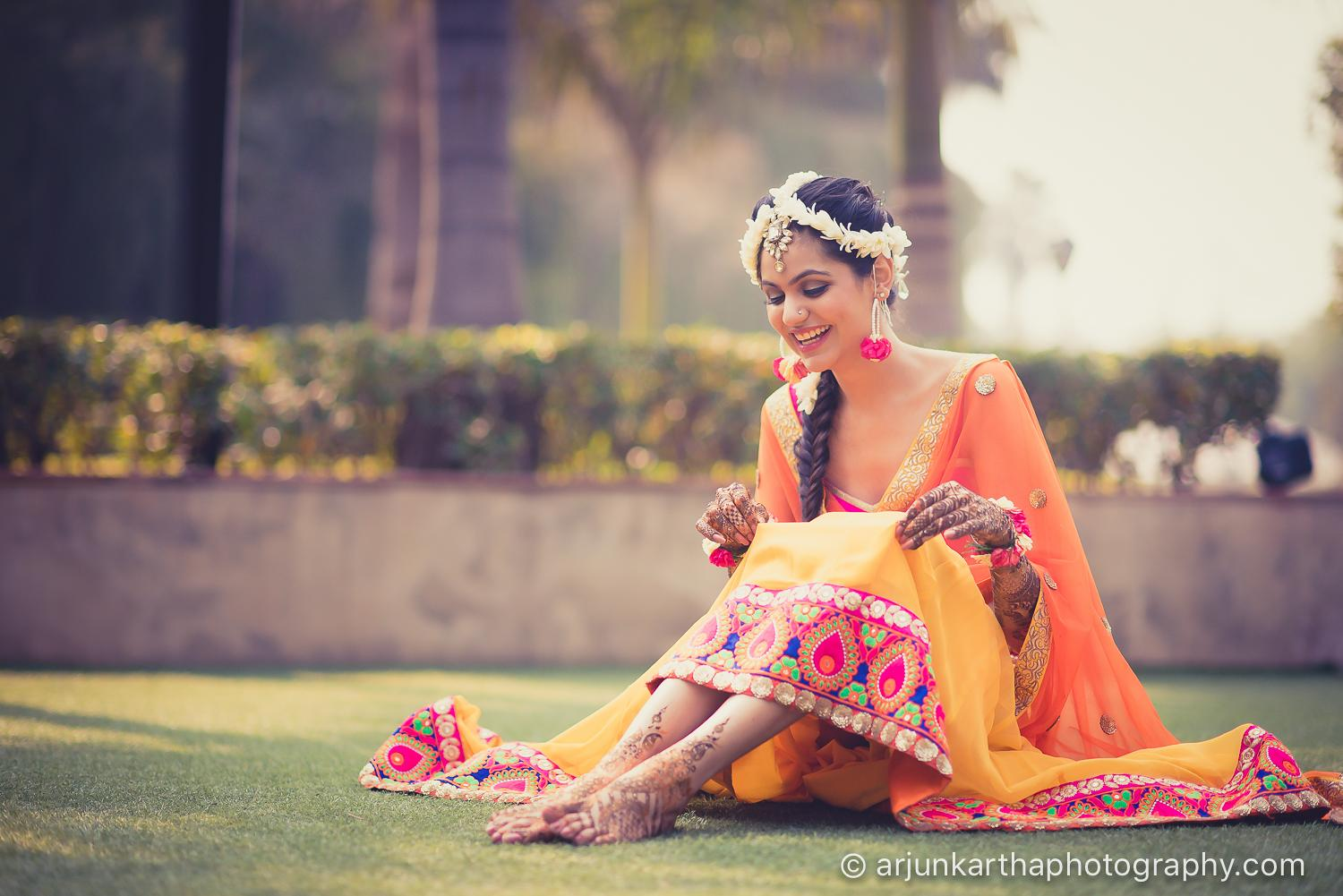 style guide indian mehndi outfit ideas amp trending mehndi