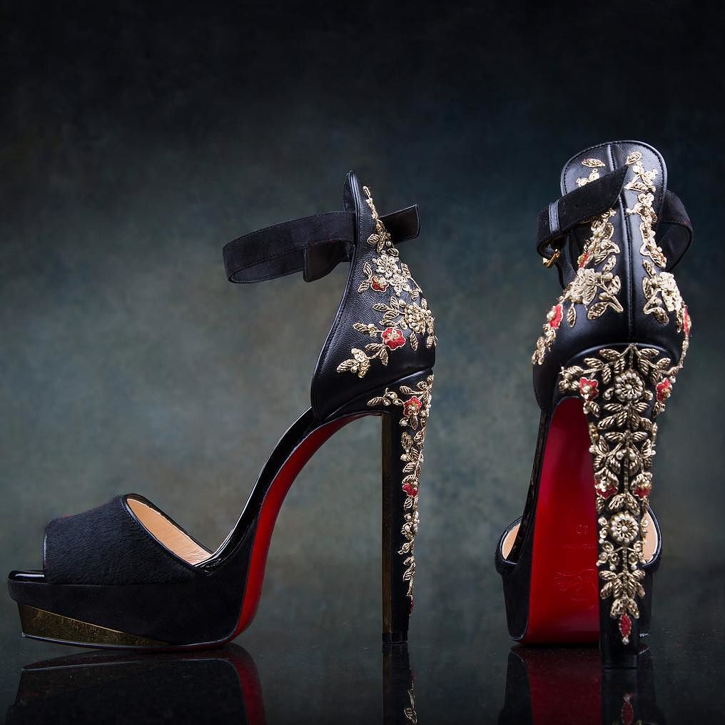 892c0d78b474 sabyasachi-mukherjee-and-christian-shoes-designs-2016 - Witty Vows